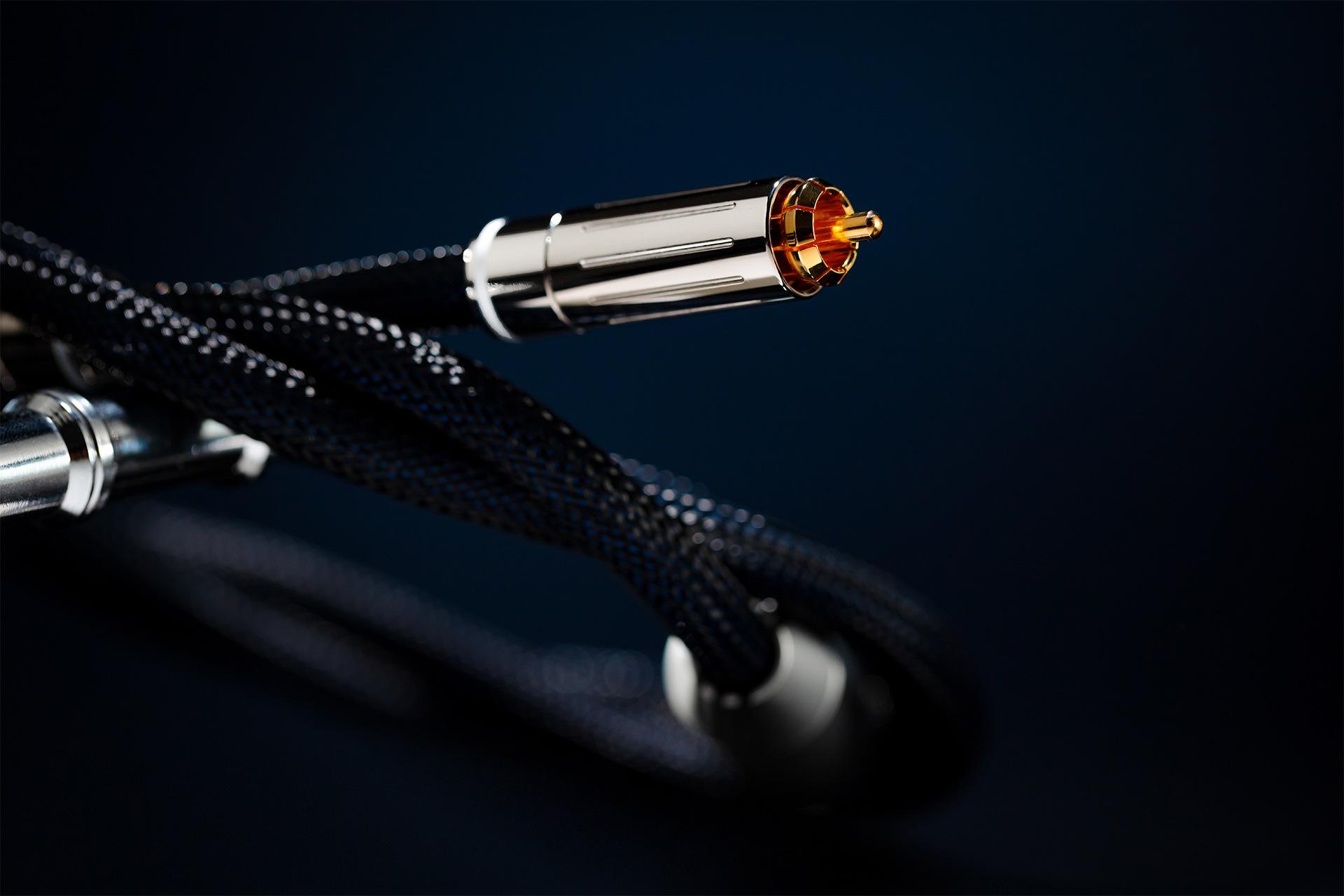Siltech Legend Series RCA audio cable